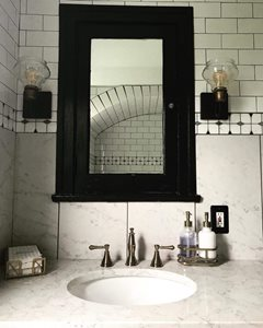 Vintage-Glam-Bathroom-Vanity